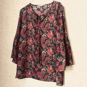 Violet & Claire Floral Blouse with Bell Sleeve